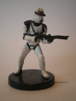 37/60 Saleucami Trooper CHAMPION OF THE FORCE commune